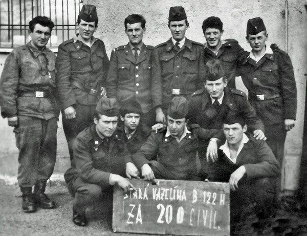 Druhý roèník baterie 122 H_14.bøezen 1966