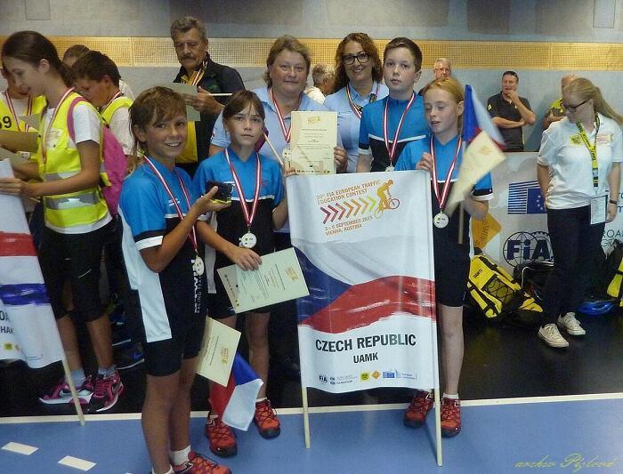 team s medailemi